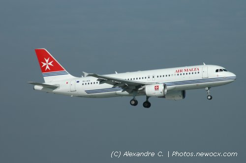 Photo avion 9H-AEK : Airbus A320 de la compagie Air Malta (Paris Orly (LFPO))