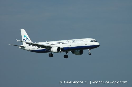 Photo avion F-GYAN : Airbus A321 de la compagie Air Mediterranee (Paris Orly (LFPO))