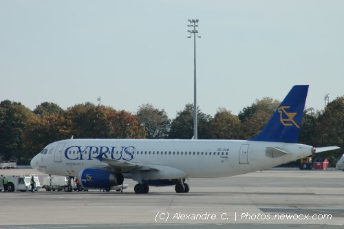 Photo avion 5B-DAW : Airbus A320 de la compagie Cyprus Airways (Paris Charles de Gaulle (LFPG))