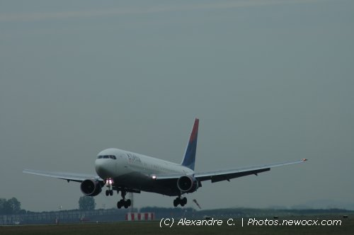 Photo avion N-193DN : Boeing 767 de la compagie Delta Airlines (Paris Charles de Gaulle (LFPG))