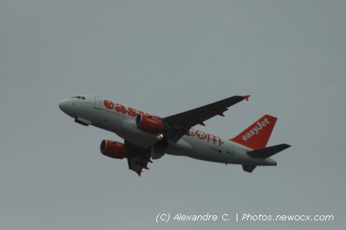 Photo avion G-EZAI : Airbus A319 de la compagie Easyjet (Paris Orly (LFPO))