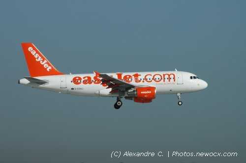 Photo avion G-EZAJ : Airbus A319 de la compagie Easyjet (Paris Orly (LFPO))