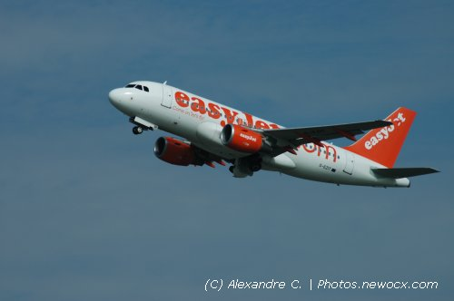 Photo avion G-EZIT : Airbus A319 de la compagie Easyjet (Paris Orly (LFPO))
