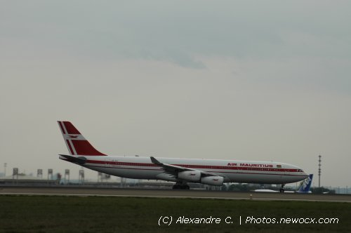 Photo avion 3B-NAY : Airbus A340 de la compagie Air Mauritius (Paris Charles de Gaulle (LFPG))