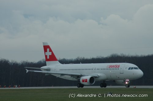 Photo avion HB-IJQ : Airbus A320 de la compagie Swiss International Airlines (Geneva Geneve-Cointrin (LSGG))