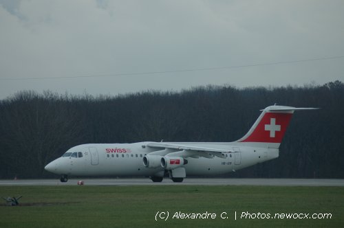 Photo avion HB-IXR : BAe 146  Avro RJ de la compagie Swiss International Airlines (Geneva Geneve-Cointrin (LSGG))